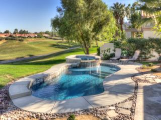 Luxury Remodeled Villa, 3BD, 3 1/2 BA, Pool/Spa, La Quinta