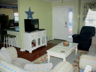 New Summer Discounts!!!  Beautiful Home!!!, North Myrtle Beach
