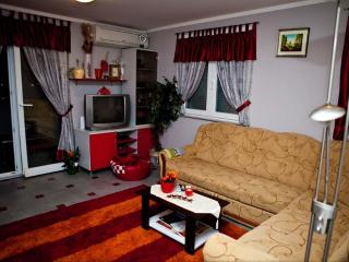 Apartment 88, Pula
