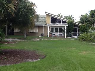 JANUARY- APR '21  HAS JUST OENED UP!!  Vacation Pool Home on Scenic Golf Course.