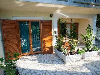 TH00691 Apartments Ćerluka / One bedroom A3, Povile