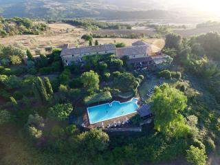 Ferienwohnung in Park mit Pool + schöner Aussicht, Pomarance