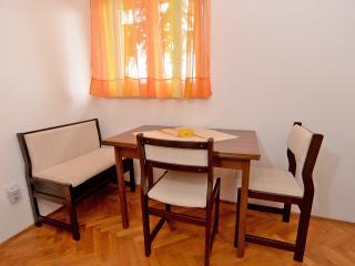 Apartment 1467, Rabac