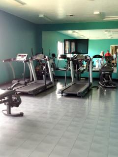 Fitness center for indoor enthusiasts!