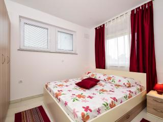 TH01211 Apartments Petričević / Two bedrooms A2
