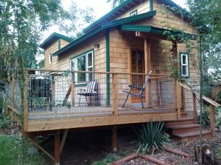 Okanogan River Guest Cottage