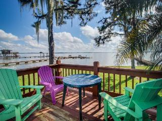 Rustic lakefront condo - swim, fish, sail - snowbirds welcome!
