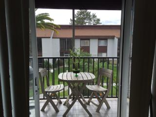 Beautiful, renovated Clearwater condo...