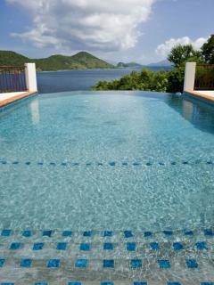 Beautiful Waterfront Villa in St. Thomas - Villa Pacifica