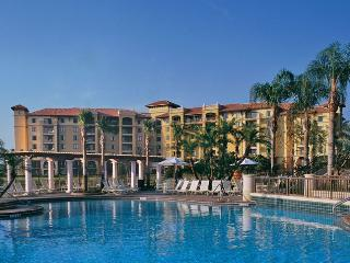 2BR Sleeps 8 Wyndham Resort - Near Disney Orlando