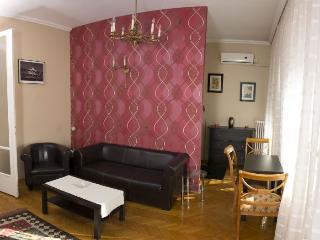 Madach Panorama apartment in VII Erzsébetváros {#…