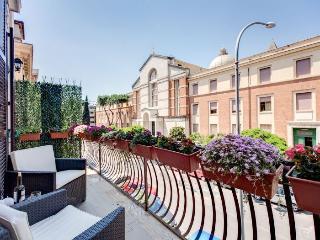 Diamond II apartment in Appio Latino {#has_luxuri…