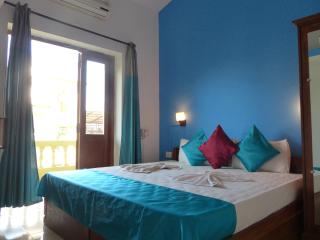 Fun Holidays Goa-Soothing Blue Resort Apartment, Near Calangute Beach