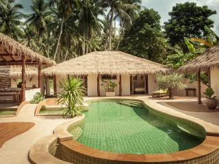 swimming pool and double bedroom bungalow