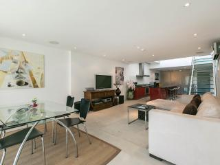 Penthouse-Surin Beach-close to Bch-Restaurants T3