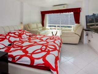 VIP Condominium for rent, cheaper than in a Hotel, Jomtien Beach