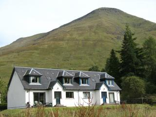 Luxury Loch Lomond Cottage - Stob Binnean, Crianlarich