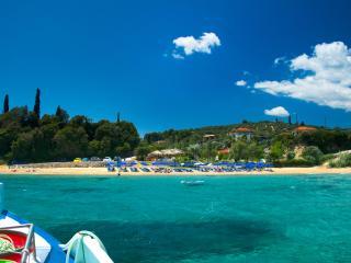 Peroulia Beach Houses, Koroni