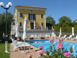 Villa con piscina e giardino, Acireale