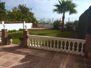 Spacious villa, Benalmádena