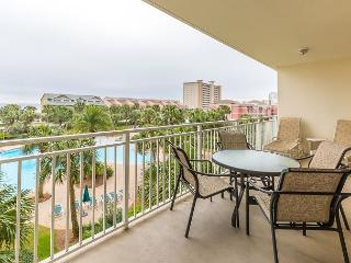 Book Now! Hot Summer Discounts! Charming 3BR/2BA, Pool and Gulf View, Destin
