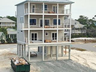 Bright 1st Tier N Cape 4 Bed/4.5 Bath Home, Pool, 12' Wide Decks, Cape San Blas