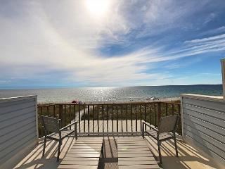 Sophisticated Open Concept Gulf Front Home - $250 Beach Gear Included!, Port Saint Joe