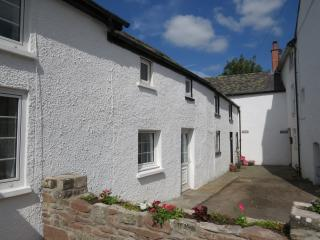 Granary Cottage - Llangynidr, Brecon Beacons
