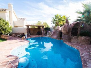 Paradise in Las Vegas, free solar heated pool