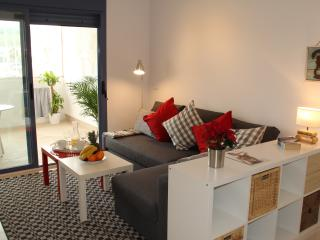 Tarifa 23, New Beach-front Apartment. Free WIFI