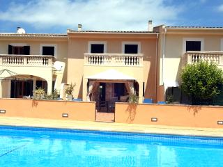 Apartment Gran Canal: POOL + BBQ + WIFI, Port d'Alcudia