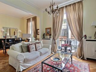 Relais Breteuil, wonderful 2 Bedroom nest !, París