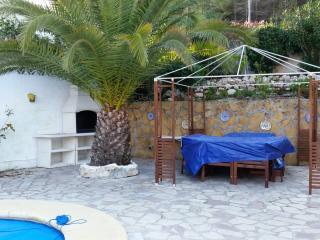 4 bedroom detached villa with pool, Benitachell