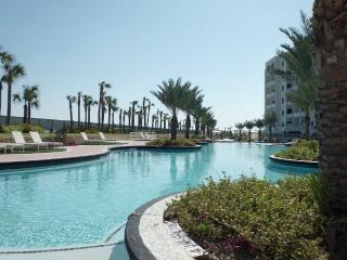 Luxury Charming Beachfront Resort in Galveston