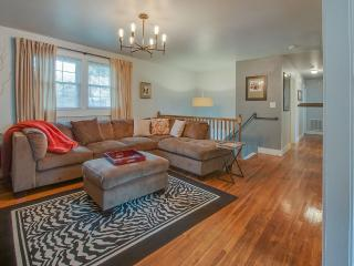 Great For Large Groups! Only Minutes From Downtown, Nashville
