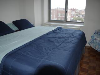 4.5 Star Manhattan King Bed: Times Square: 3 Stops