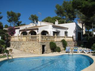 Villa in Javea with private pool and garden, Jávea