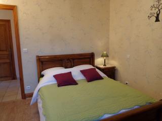 Double bedroom Villa Quercy