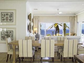 Stylish beach house, Sheffield Beach, Durban