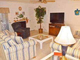 Tucked away in the woods, but only 2 short blocks to the ocean from this hidden 2 BR 2 BA gem!, Ocean City