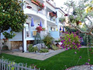 Villa Tina Apartments, Porec