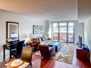 Lux 2BR By Metro +Rooftop Pool, Washington DC
