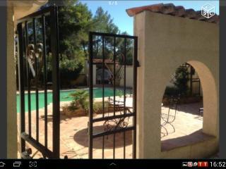 Belle villa entre Aix Marseille proche cassis, La Destrousse