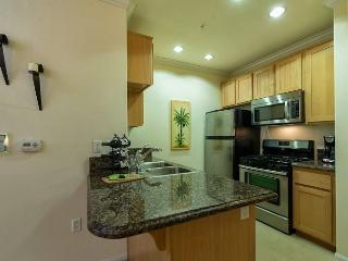 Corporate Suite with 1 Bedroom and 1 Bathroom in Westlake LA, Los Ángeles