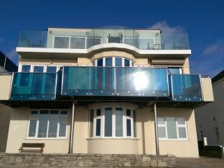 Southbourne Seafront Ground Floor Apartment, Bournemouth