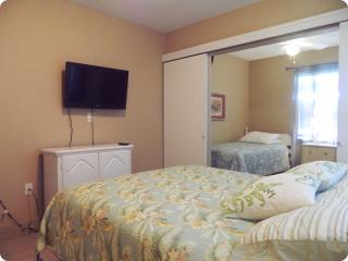 Somerset Place 10 bedrooms. Last min specials - By BeachHouseFL, Clearwater