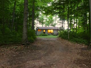 Wildflower Cottage in the County, Prince Edward County