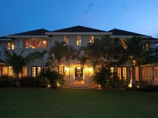 Jus Paradise Golf Villa in Rose Hall 2BR