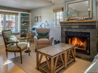 Seaglass Cottage, Pacific Grove