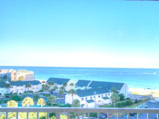 Shoreline Towers 3083-2BR- OPEN 9/22-9/24 $510! BeachService- GulfVIEWS- FunPass